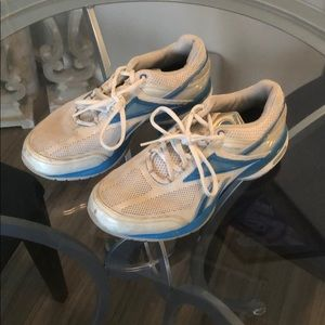 Woman's Running Shoes